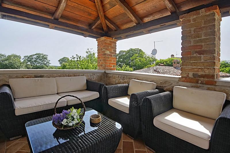 villa simone pore kamin - Kamin Villa Design